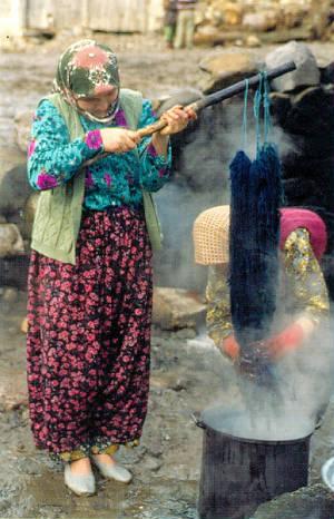 Persian carpet dyes