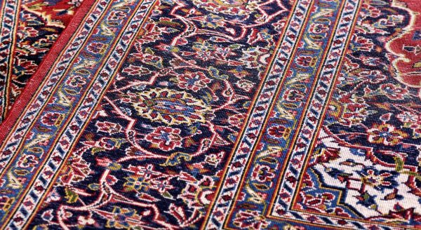 Soft Red Kashan Persian Rug for sale 2x3m DR716-6617