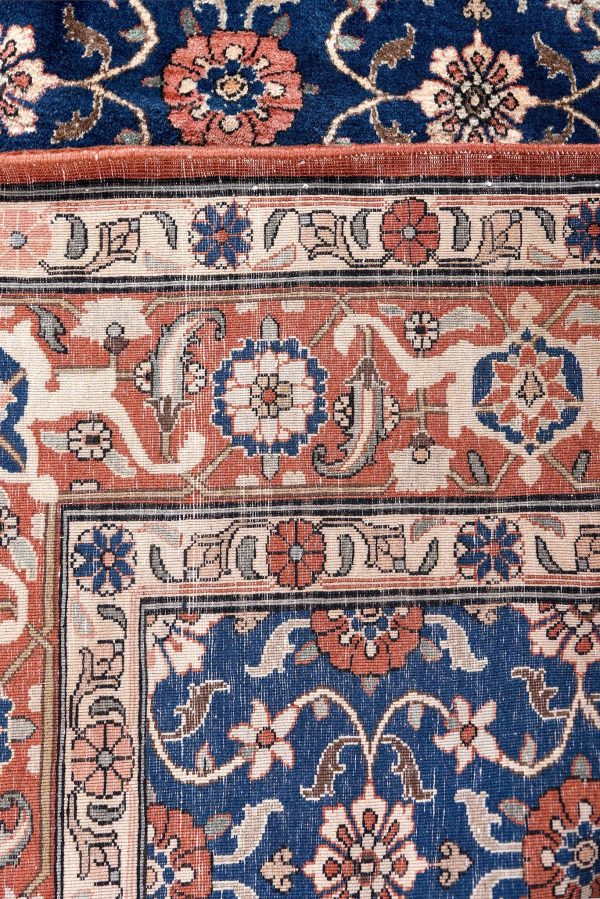 50 Years Old Hand Knotted Persian Rug - Varamin DR468-5223