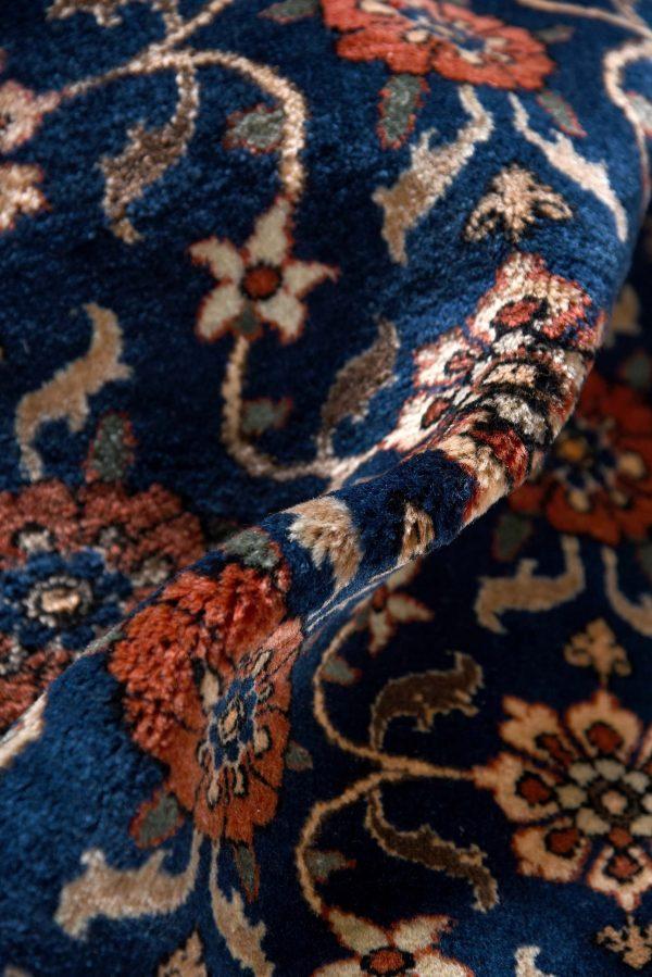 50 Years Old Hand Knotted Persian Rug - Varamin DR468-5229