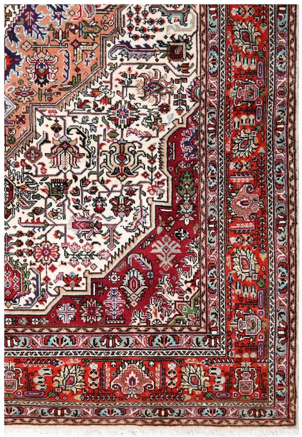 Tabriz Carpet, Ghoba Design Persian carpet DR308 0375