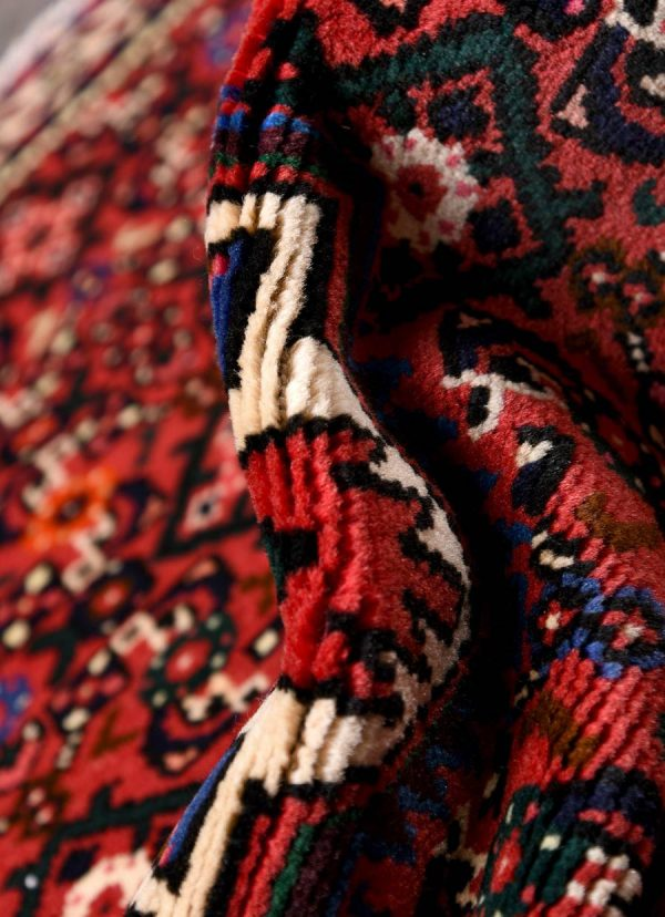 Hosseinabad Rug, Small Persian Red Carpet DR494 0466